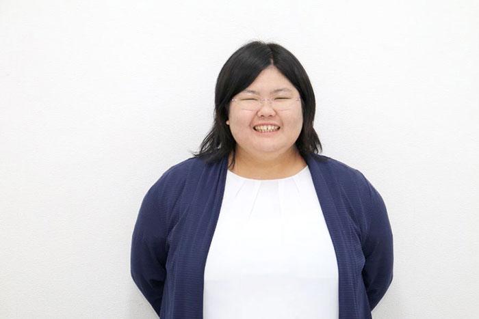 新垣さんのお顔写真