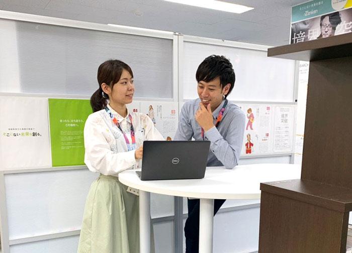 5.福田主任と伊波リーダーの2ショット写真jpg
