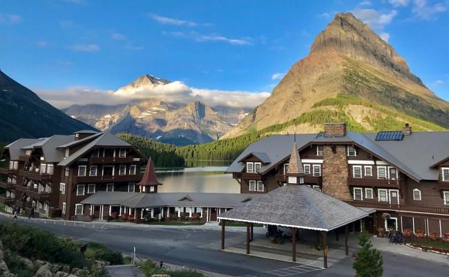 many-glacier-hotel